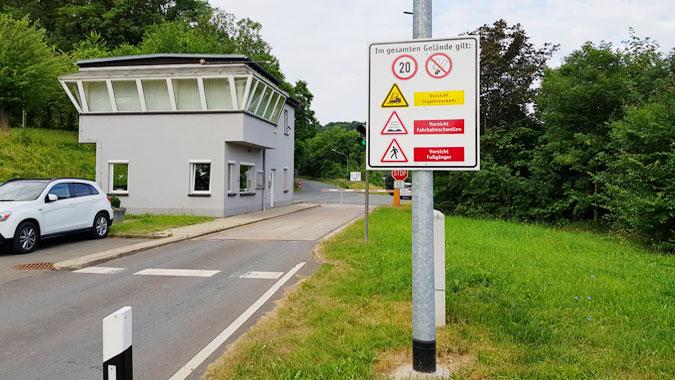 Eingangsbereich Deponie und Müllumladestation Großlöbichau